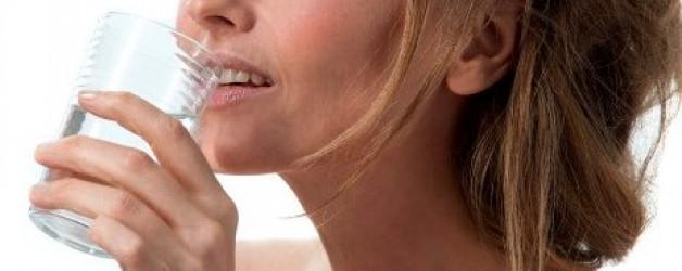 4 Tips om een vochtarme huid weer te laten stralen